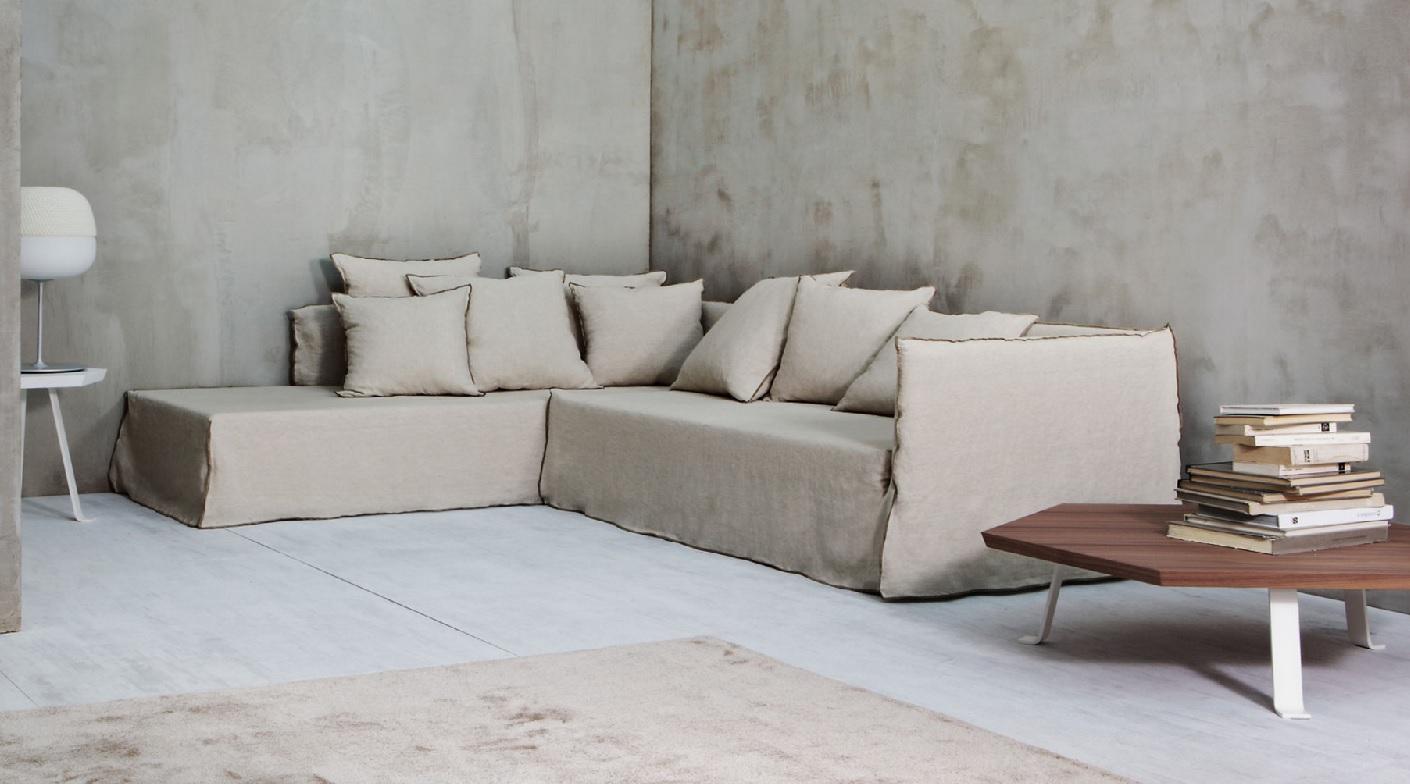 achetez un canap ghost 21 gervasoni chez vestibule paris. Black Bedroom Furniture Sets. Home Design Ideas
